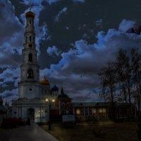 Россия православная. Николо-Угрешский монастырь.Полночь в монастыре :: юрий макаров