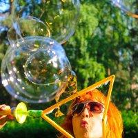 Повелитель мыльных пузырей :: Александра К