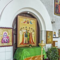 Внутри храма , :: юрий Амосов