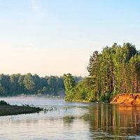 Свежим утром на реке :: Юрий Кузмицкас