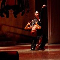 Танец :: Юрий Морозов