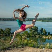 Юная балерина :: Ирина Краснобрижая