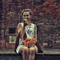 Вкуснoе яблoчкo :: Павел Генов