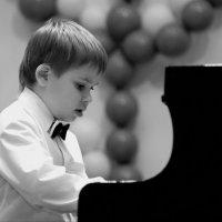 """Из фото-книги """"Первый концерт Егора Аксенова :: Автандил Евсеев"""