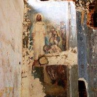 Фрески старой церкви. :: Алексей Golovchenko