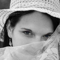 Девушка в шляпе. :: Инта