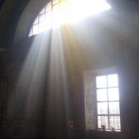 Свет во храме :: Tarka