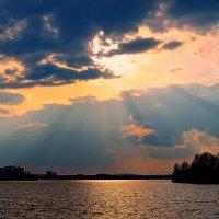 Тает над водою Огненный закат ..... :: *ALISA* ( minck55 )