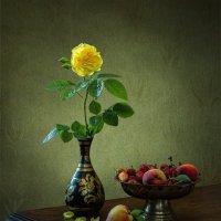 Роза и фрукты :: Ирина Приходько