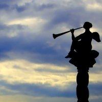 А ведь где-то В луче света Ангел мой играет...(3) :: Андрей Михайлин