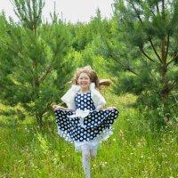 Бегущая по траве :: Светлана