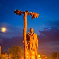 Памятник С. Торайгырову в Павлодаре :: Даурен Ибагулов