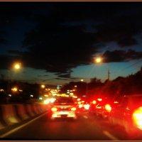 По вечерней дороге в Подмосковном городе Люберцы. :: Ольга Кривых