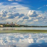 Город на реке :: Denis Aksenov