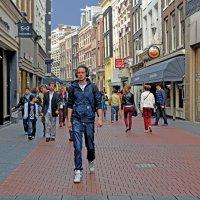 На улицах Амстердама :: Лидия Цапко