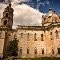 Церковь Живоначальной Троицы ... :: Роман Шершнев