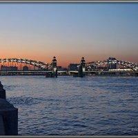 Санкт-Петербург. Белая ночь. Мост императора Петра Великого :: Елена Румянцева