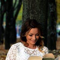 Осенняя прогулка :: Алёна Литвинчук