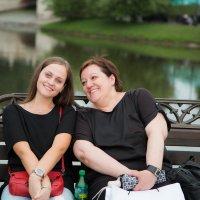 Дочки-матери :: Валерий Анохин