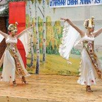 На деревянных подмостках :: Валерий Шибаев
