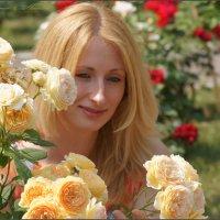 Городские розы :: Наталия Григорьева