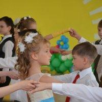 Танцы :: Константин Шабалин