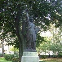Статуя Свободы(копия) в Париже (Франция) :: Anton Сараев