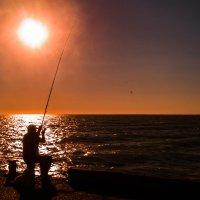 рыбак :: Мария Мильчинская