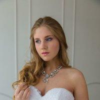 Невеста у окна :: Александра Гарифзянова