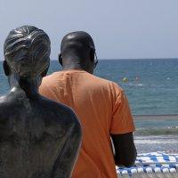 негрито и статуя :: Тамара Бердыева