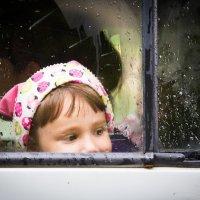 Мечтательница в дождливый день. :: Sergey Apinis