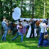В эпицентре фотографов :: Angelika Faustova