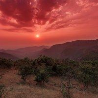 Гоа... штат на юго-западе Индии, бывшая Португальская колония... :: Александр Вивчарик