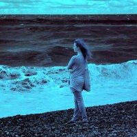 У самого синего моря :: Alexander Varykhanov