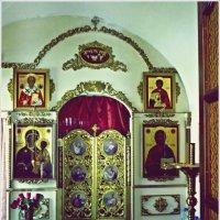 В храме. :: Владимир Валов
