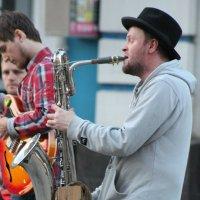 ..уличный джаз... :: Александр Герасенков