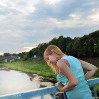 Она когда-нибудь забудет о том, кто не любил её такой... :: Ирина Данилова