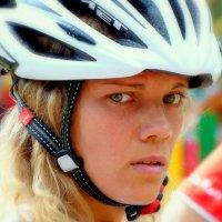 У велотриала есть и женское лицо... :: Игорь