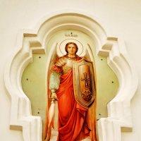 Элемент фасада Крестовоздвиженского собора. Полтава. :: Наталья Костенко