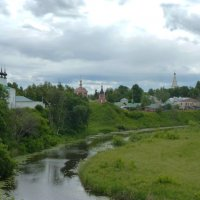 через город Суздаль протекает речка Каменка...... :: Galina Leskova
