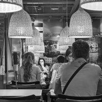 Ночное кафе :: Алексей Окунеев