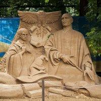 Песочная скульптура в Сокольниках :: Елена Попова