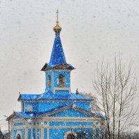 Церковь в п.Солонцы :: виктор Иоакиманский
