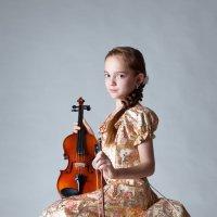 Юная   скрипачка. :: Tatka R.
