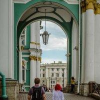 Туристы :: Константин Бобинский