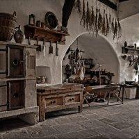 В старом замке :: Лидия Цапко
