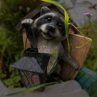 Садовый житель :: Андрей Неуймин