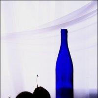 Синяя  бутылка :: Валерия  Полещикова