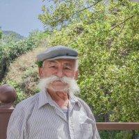 Дедушка-киприот :: Жанна Мальцева