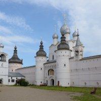 Святые ворота и надвратная церковь Вознесения Христа :: Александр Хаецкий